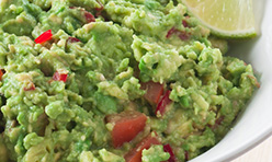 Guacamole Foodservice Recipe using Cook's Delight® Roasted Garlic Flavor Concentrate Close Up